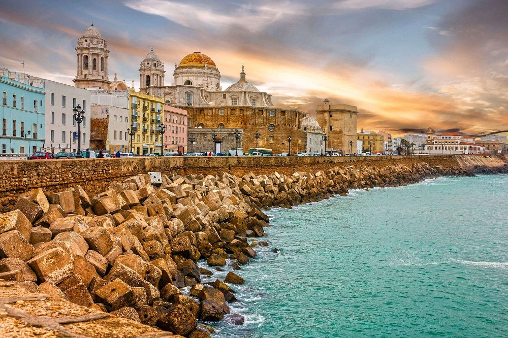 presupuesto en Cadiz capital precios reformas turismo