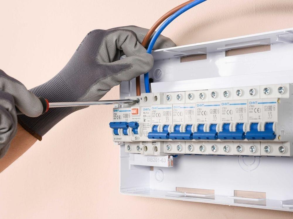 Cambiar la instalación eléctrica de trifásica a monofásica ¿Cuánto cuesta la instalación eléctrica?
