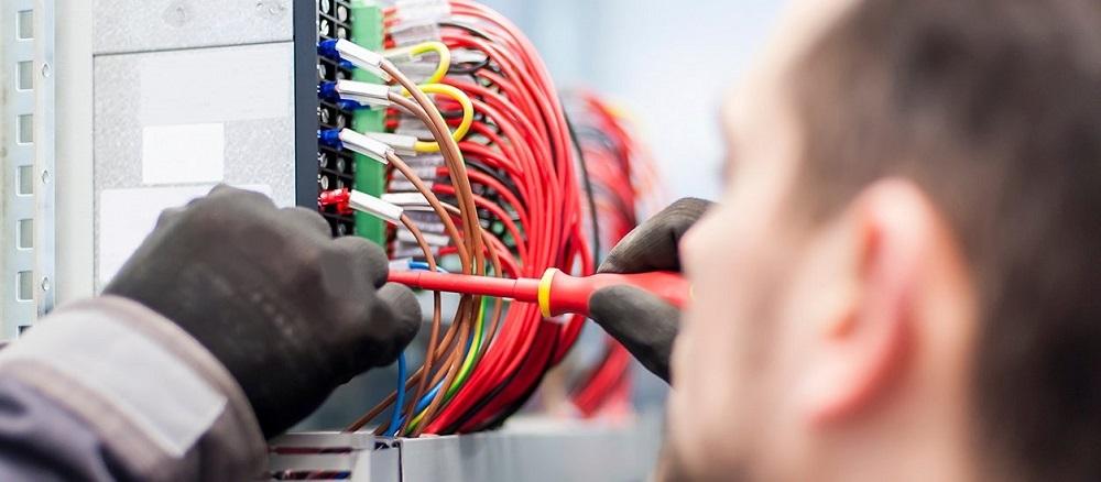 cuanto-cuesta-cambiar-la-instalacion-electrica-de-una-casa-local